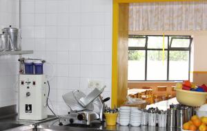 Sistema de Afinamento de Água de Rede na cozinha da creche - jardim de infância - 1º ciclo